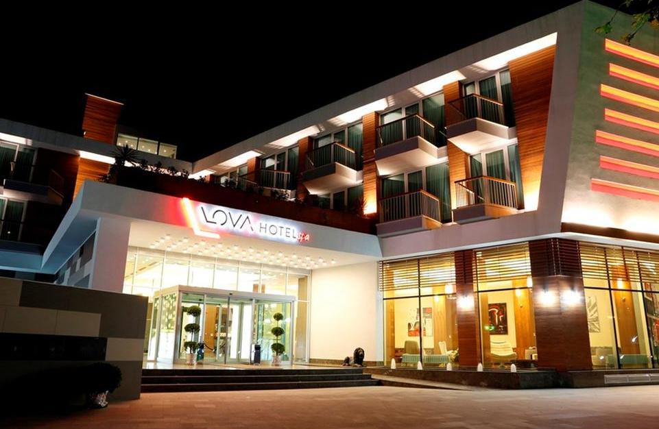 افخم الفنادق في يلوا